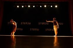 7486-modern-jazz_tancy_himki_step-su_vystuplenie_na_scene.jpg