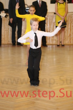 Соло и парные спортивные бальные танцы для детей Химках